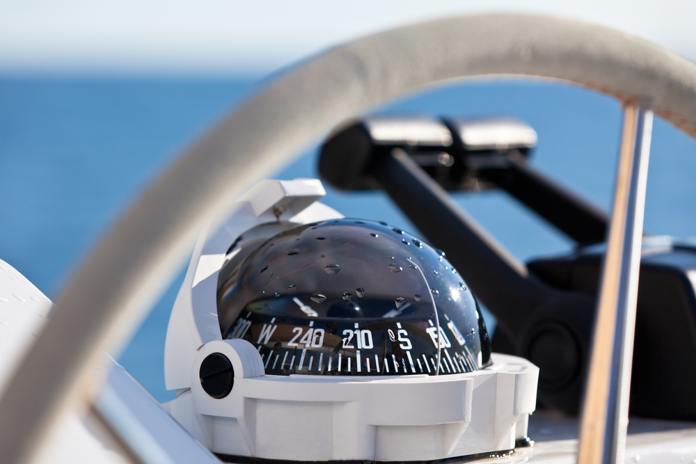 YPI Crew, sailing yacht control wheel and implement